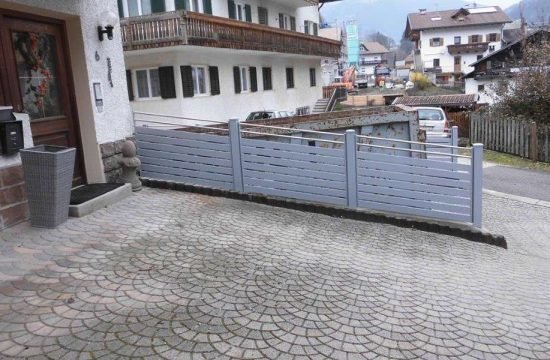 Zäune aus beständigem Aluminium